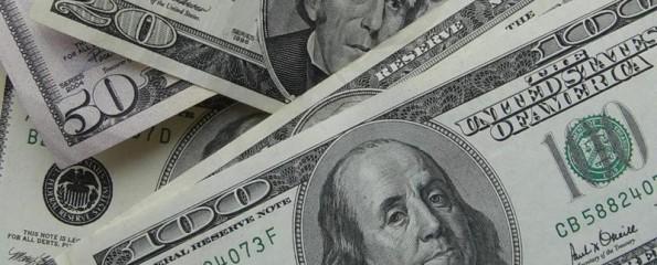 Российский рубль дорожает, следуя за нефтяными котировками и бюджетными нуждами правительства