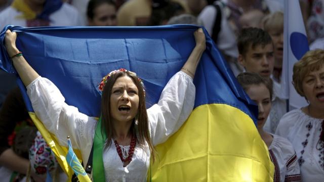 Держатели евробондов Украины пообещали сорвать реструктуризацию