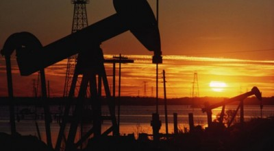 Добыча нефти в США упала до минимума с 2014 года