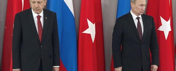 Владимир Путин опоздал на фотографирование в Париж, чтобы не видеть Эрдогана
