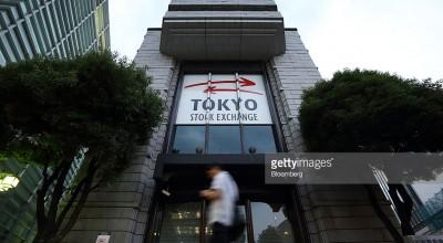 Биржевые торги в Токио закрылись мощным ростом на 7-8%
