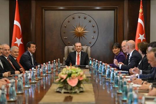 Для чего Турция вооружает крымских татар?