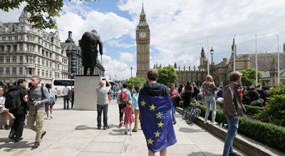 Бумеранг цветных революций вернулся в Европу