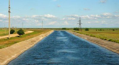 Новая дамба отрезала Крым от украинской воды