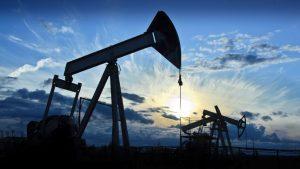 Рынок нефти вернулся к росту на новостях из Китая