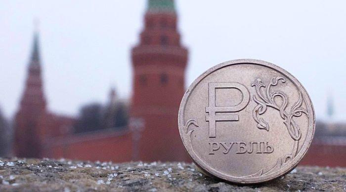 Пока США и Китай вели торговую войну рубль стал тихой гаванью