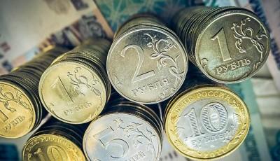 Российский рубль: рынок готовится к новому сильному движению