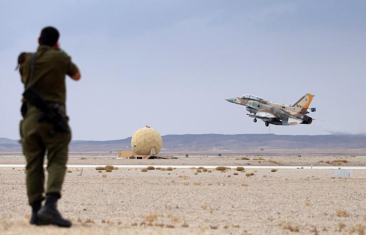 Израильские ВВС нанесли удар по пригороду Дамаска