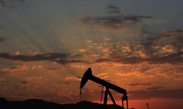 Нефть подорожала на комментариях России и ОПЕК