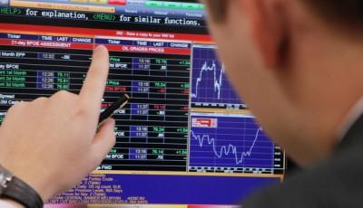 Bloomberg: иностранные инвесторы избавляются от российских активов