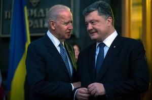 Абонент невменяем: вице-президент США дал новые инструкции Порошенко