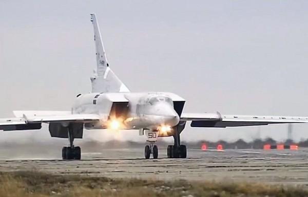 Шойгу: операция в Сирии подтвердила боевые возможности российской авиации