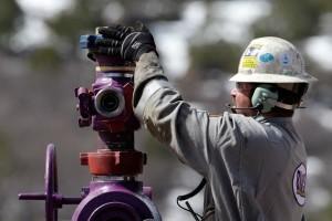 Кому действительно на руку заморозка добычи нефти?