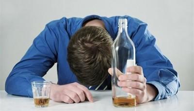 «Белорусское настроение: пить, не рожать, валить из страны»
