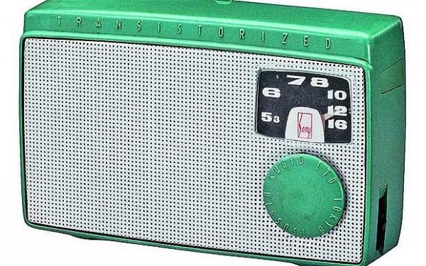 первый в Японии транзисторный радиоприемник TR-55