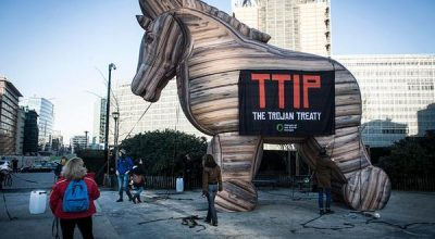 СМИ: США оказывают сильное давление на Евросоюз на переговорах о зоне свободной торговли