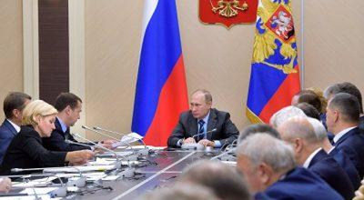 Владимир Путин: самозанятых граждан надо освободить от уплаты налогов на два года