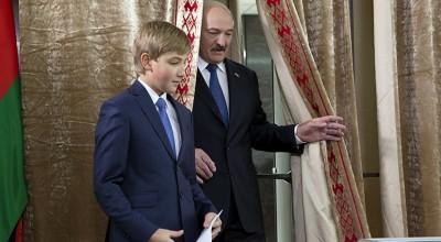 По стопам отца: готовит ли Лукашенко операцию «Преемник»