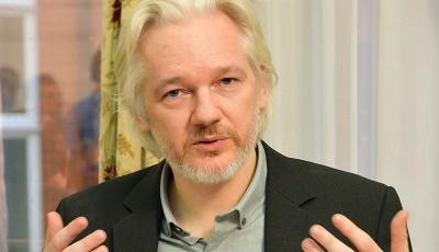 Джулиан Ассанж: Клинтон признает саудитов спонсорами ИГИЛ