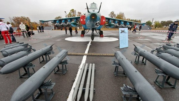 Уходя, гасите всех: президент Киргизии отказался от российской военной базы