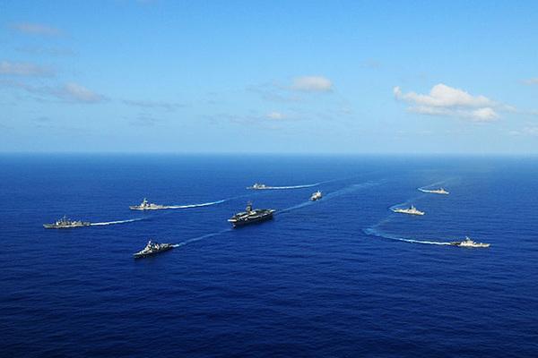 Сеть выходит в океан: Флот, который попытаются продать Трампу