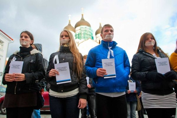 Вашингтонский эксперимент: удастся ли «перекодировать» русскую общину в Эстонии?