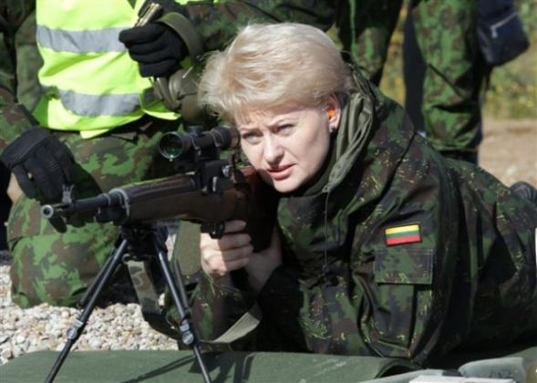 «Украинский сценарий»: Литва запугивает Минск нападением России