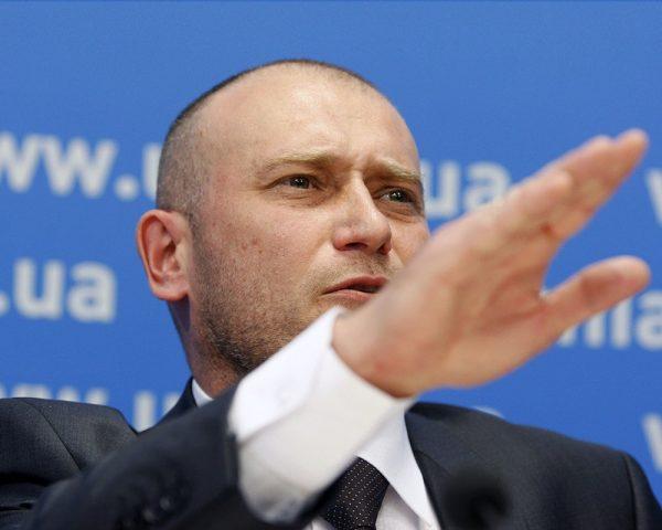 Фюрер Ярош запретит украинцам возвращаться домой с заработков в России