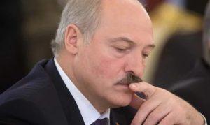 Замкнутый круг: Госдолг Беларуси приблизился к критической отметке