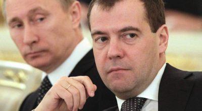 Позиция Путина: оказывается давление на Медведева, чтобы он психанул и ушел