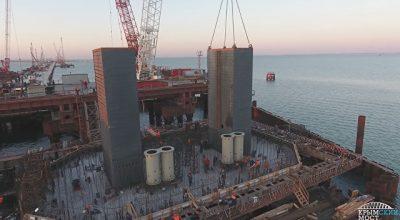 Строители приступили к сооружению тел фарватерных опор Крымского моста