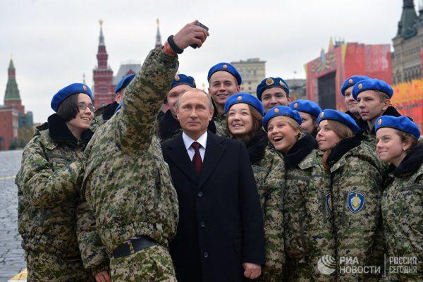 """Who is Mr. Putin"" больше не вопрос для Запада?"