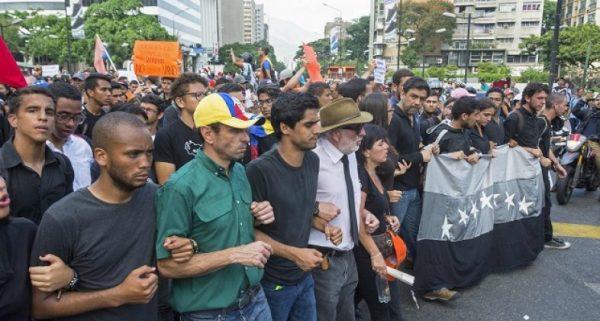 Хаос в Венесуэле: чем закончится латиноамериканский «майдан»