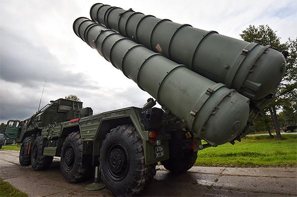 """Российский ЗРК С-400 """"Триумф"""" для Турции: блеф или реальность?"""