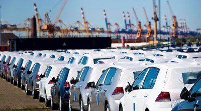 Россия продает автомобили за рубеж себе в убыток