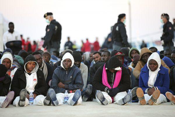 Как итальянская мафия строит африканские ворота в Европу