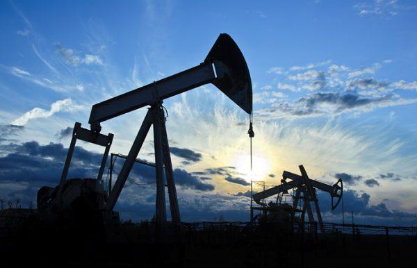 Нефть Brent рухнула ниже $50 после заявлений Кремля