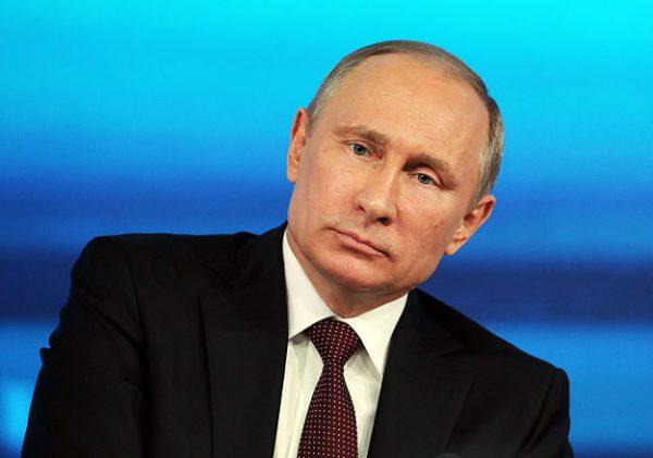 """Путин привезет в Китай """"энергокольцо"""""""