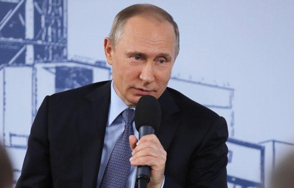 Путин: власти РФ не позволят производителям и продавцам бензина задирать цены