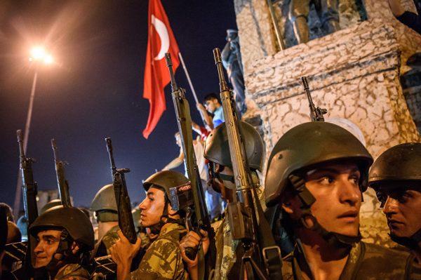 Польша и Турция в ближайшие годы могут быть раздавлены