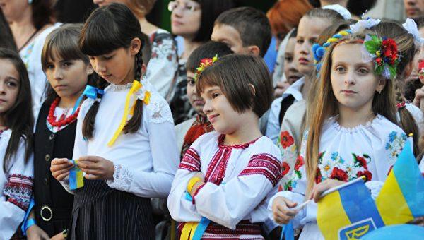 """""""Стыд и позор"""": почему новый закон Украины об образовании понравился США"""