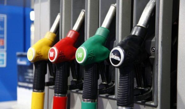 Цены на бензин могут превысить 50 рублей