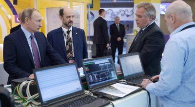 Владимир Путин поручил создать для России отдельный интернет