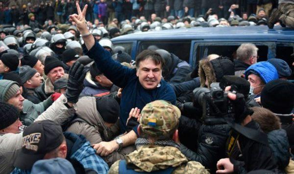 Скучный Майдан: Саакашвили тщетно пытается расшевелить украинцев