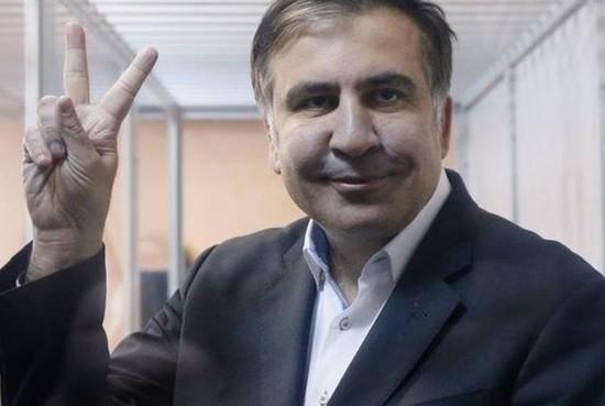"""Мише тяжело"": Саакашвили опозорился письмом к Порошенко"