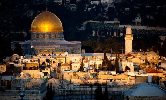 """Политинформация для """"чайников"""": Почему мир спорит из-за статуса Иерусалима"""