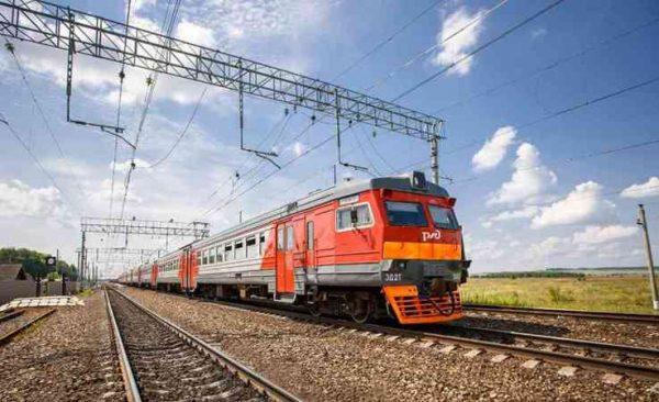 Киев оценил убытки от прекращения курсирования российских поездов в одну гривну