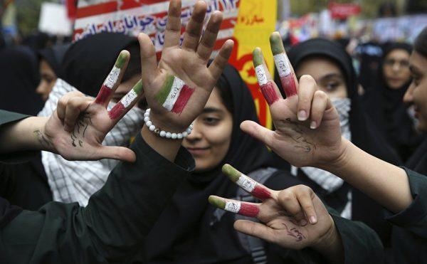 """""""Вашингтон хочет решать за Европу"""": как США и ЕС поссорились из-за Ирана"""