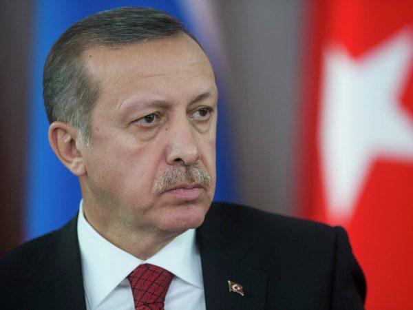 Своя игра: Эрдоган затеял новую войну