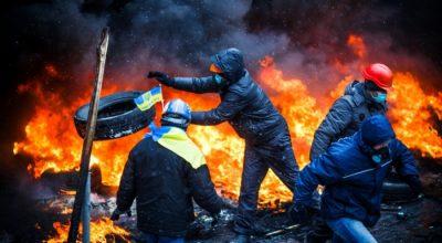 Новый «майдан» и война на Донбассе: чем будет «болеть» Украина в 2018 году